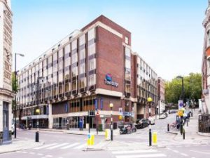 External photo Travelodge Royal Scot London Kings Cross