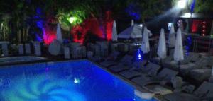 Swimming pool Hotel Emir