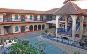 Hotel Hacienda 4-star hotel Blvd. Hidalgo #2013 Col. Hidalgo, 88650 Reynosa, Mexico